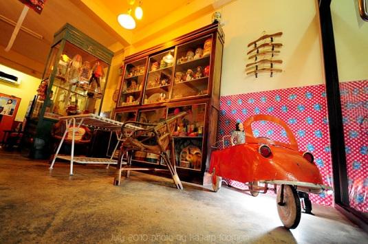 FuRui (ฟุรูอิ) ร้านอาหารญี่ปุ่น และของเล่น ของสะสมสมัยเด็กๆ