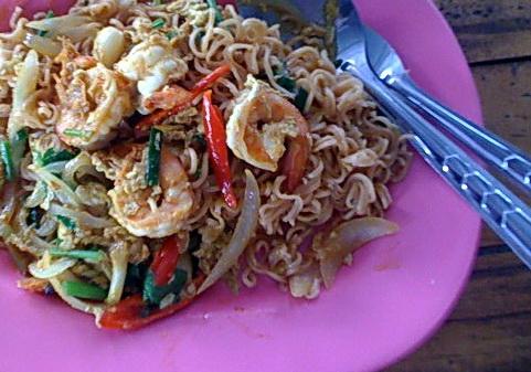 WaiWai fried with shrimp kare