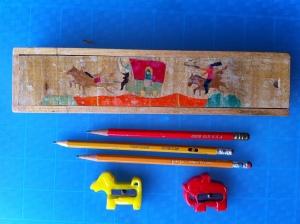 กล่อง ดินสอ กบ