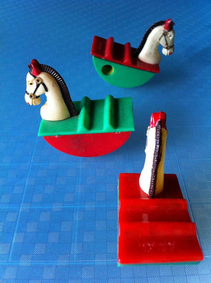3 ม้าโยก