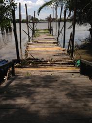 สะพานไม้ท่าน้ำ